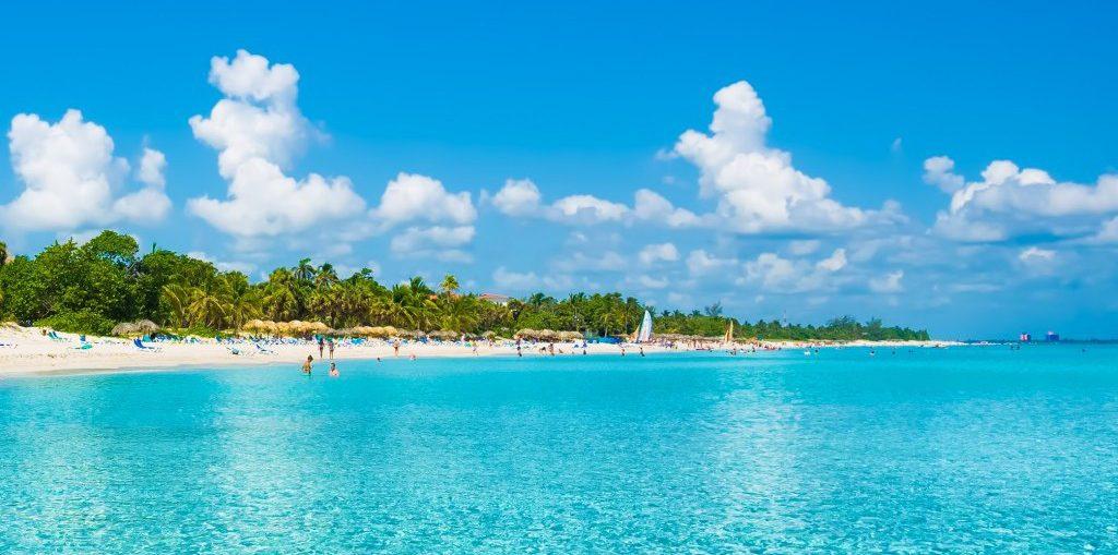 Cifra récord de turistas en Cuba