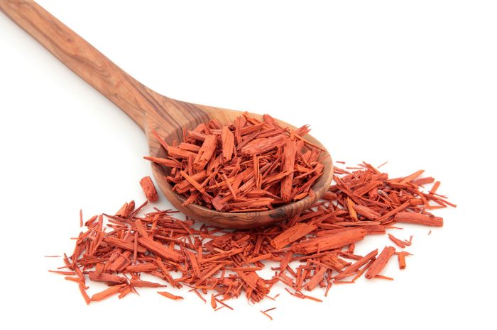 cuchara especia - 10 remedios caseros contra los Melanomas