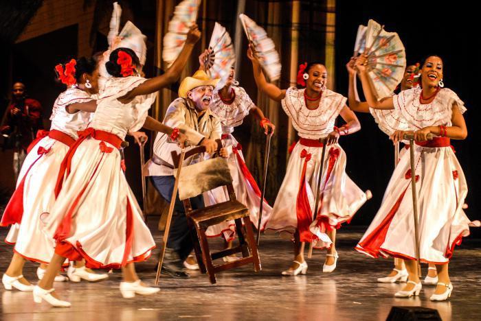 Compañía Folklórica Camagua