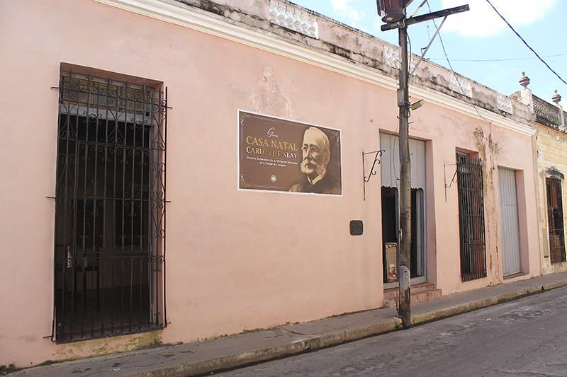 Carlos J Finlay